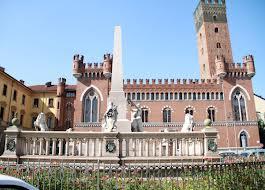 Piazza Roma, monumento all'Unità d'Italia