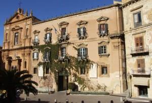 Il palazzo dei Giganti, sede del municipio