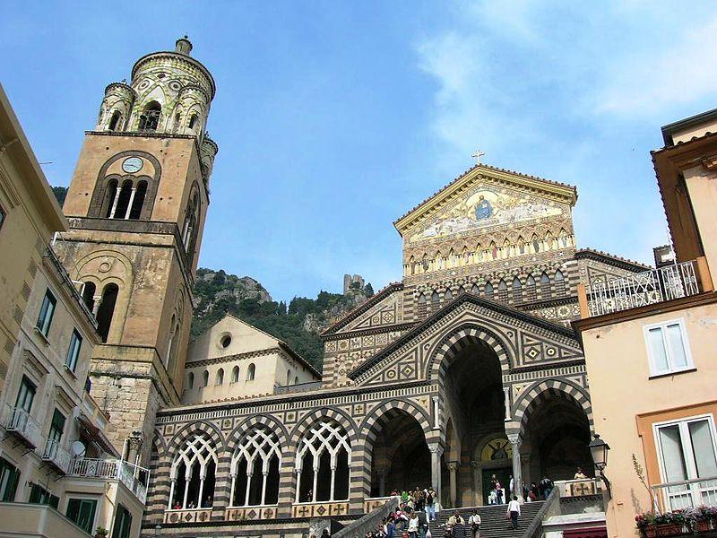 800px-Duomo_di_Amalfi_2